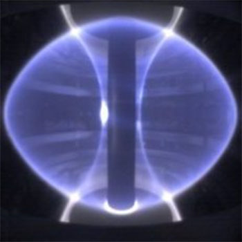 Picture of the plasma of the MAST tokamak: A deep blue torus.